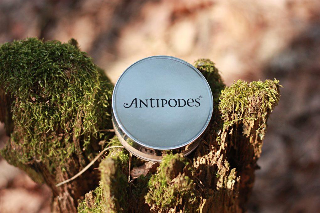 Antipodes 1 2000 1